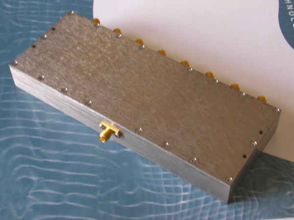 Power Divider, 8 Way, 50 Ohm, 1.7-2.2 GHz, 5 Watts, SMA female
