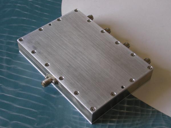 Power Divider, 4 Way, 50 Ohm, 800-2500 MHz, 5 Watts, SMA female
