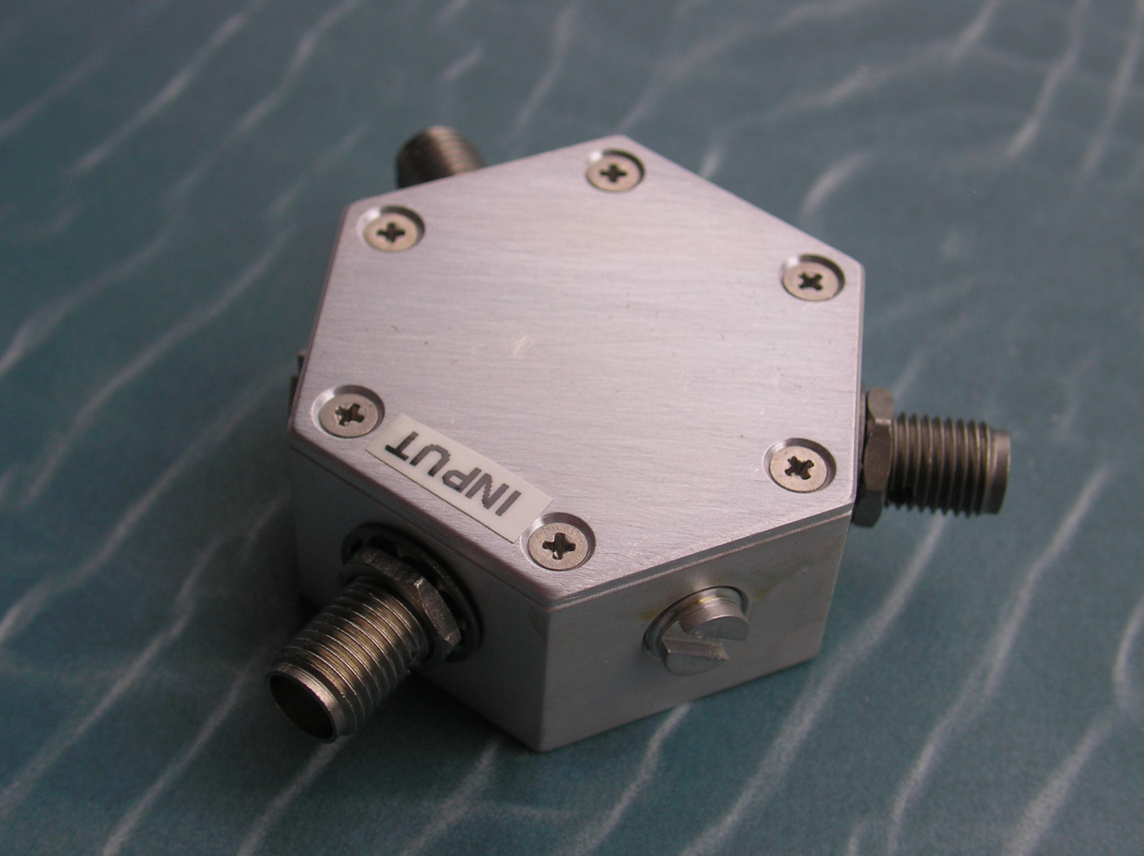 Power Divider, 2 Way, 50 Ohm, DC-6 GHz, 1 Watt, SMA female