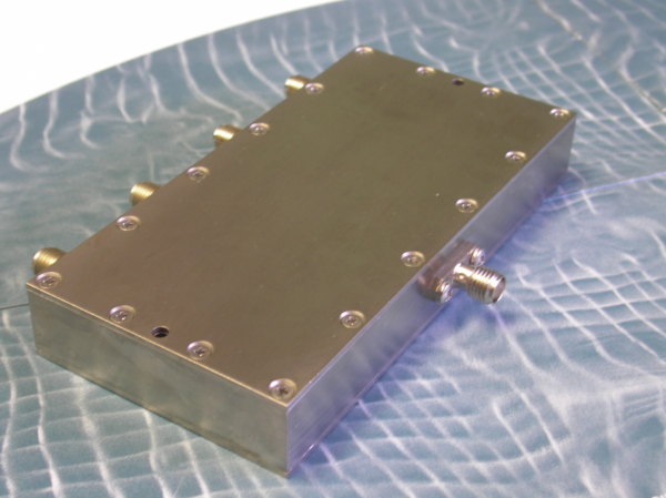 Power Divider, 4 Way, 50 Ohm, DC-6 GHz, 1 Watt, SMA female