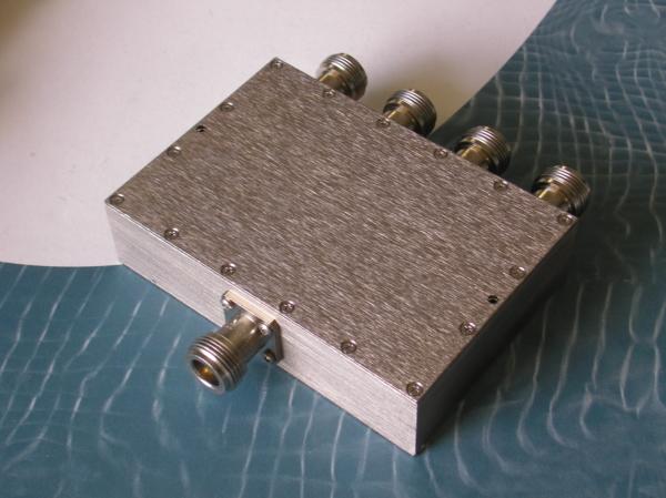 Power Divider, 4 Way, 50 Ohm, 800-3500 MHz, 5 Watts, N female