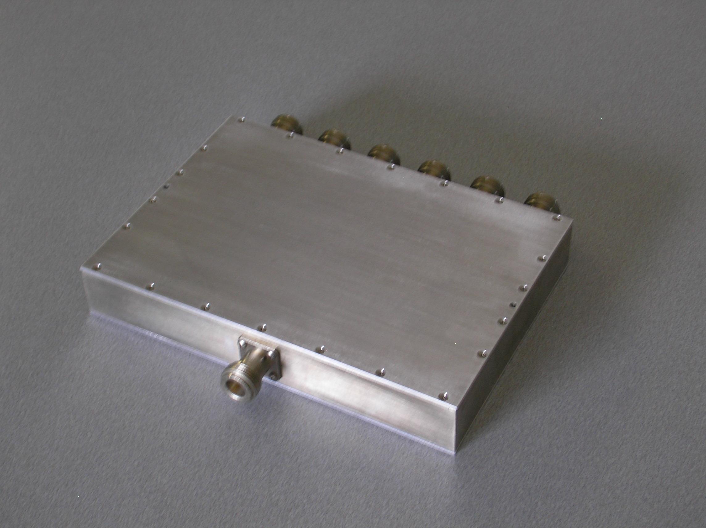 Power Divider, 6 Way, 50 Ohm, 800-2200 MHz, 5 Watts, N female