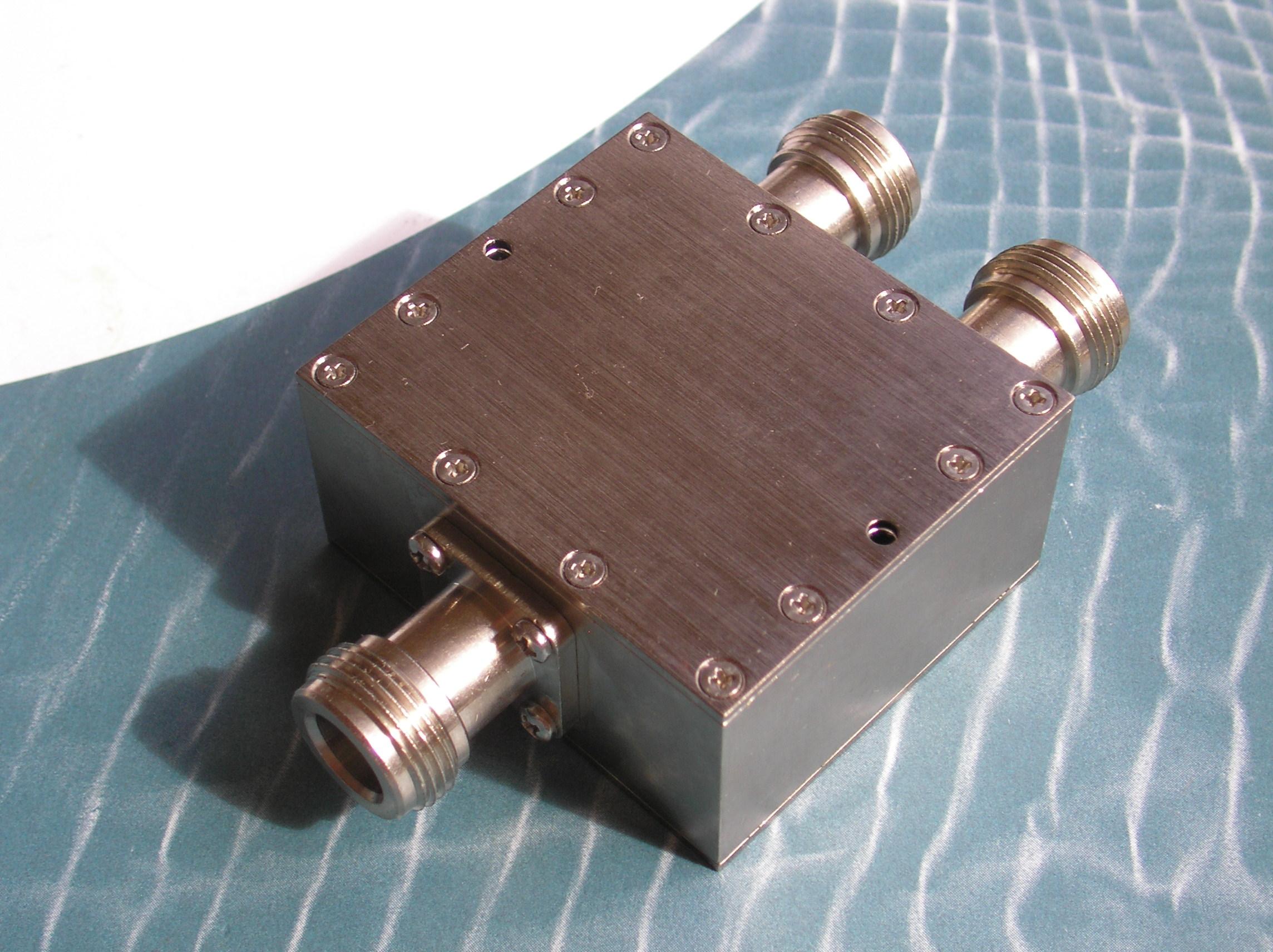 Power Divider, 2 Way, 50 Ohm, 2-4 GHz, 5 Watts, N female