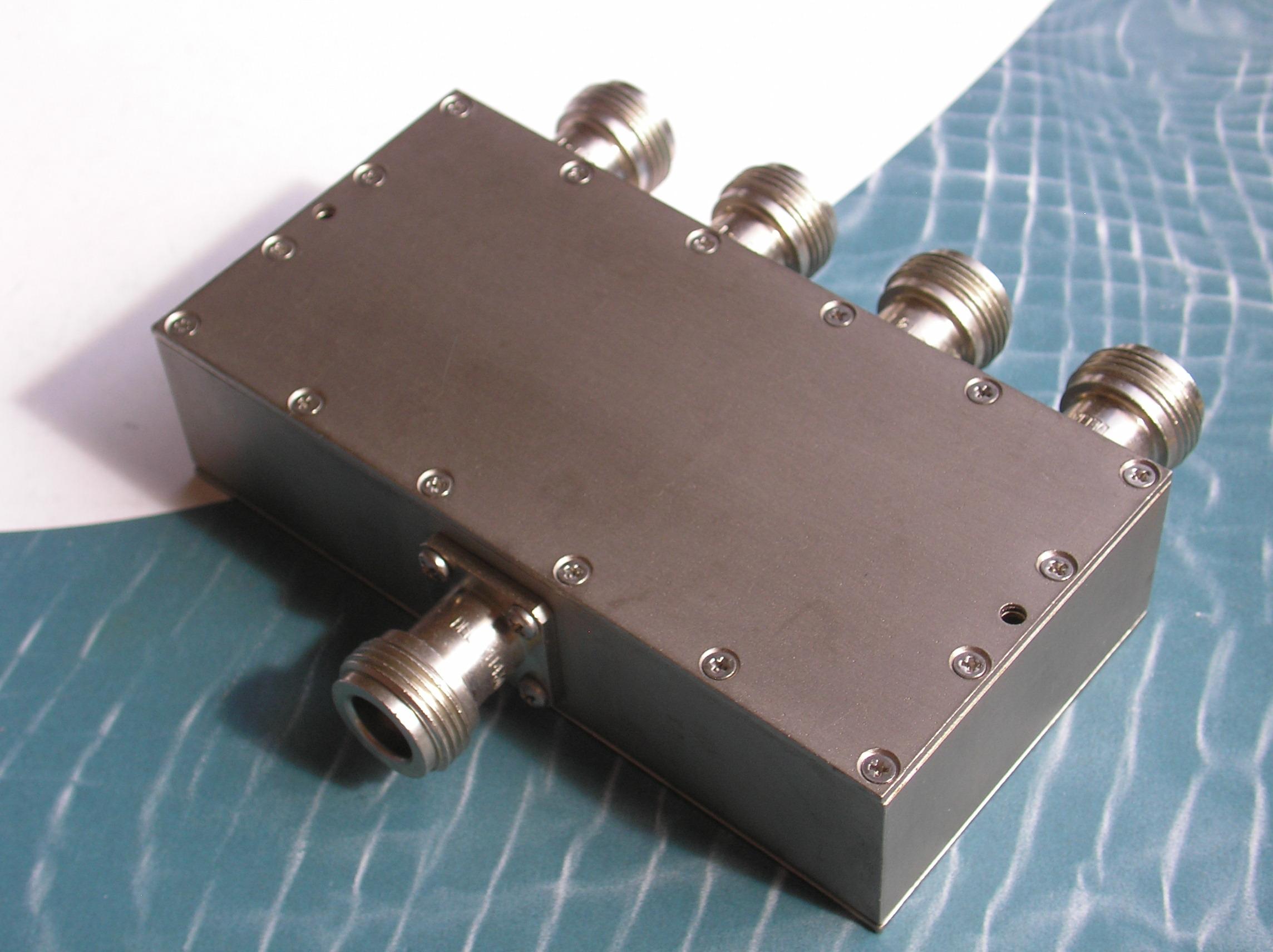 Power Divider, 4 Way, 50 Ohm, 2-4 GHz, 5 Watts, N female