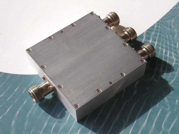 Power Divider, 3 Way, 50 Ohm, 800-2000 MHz, 5 Watts, N female