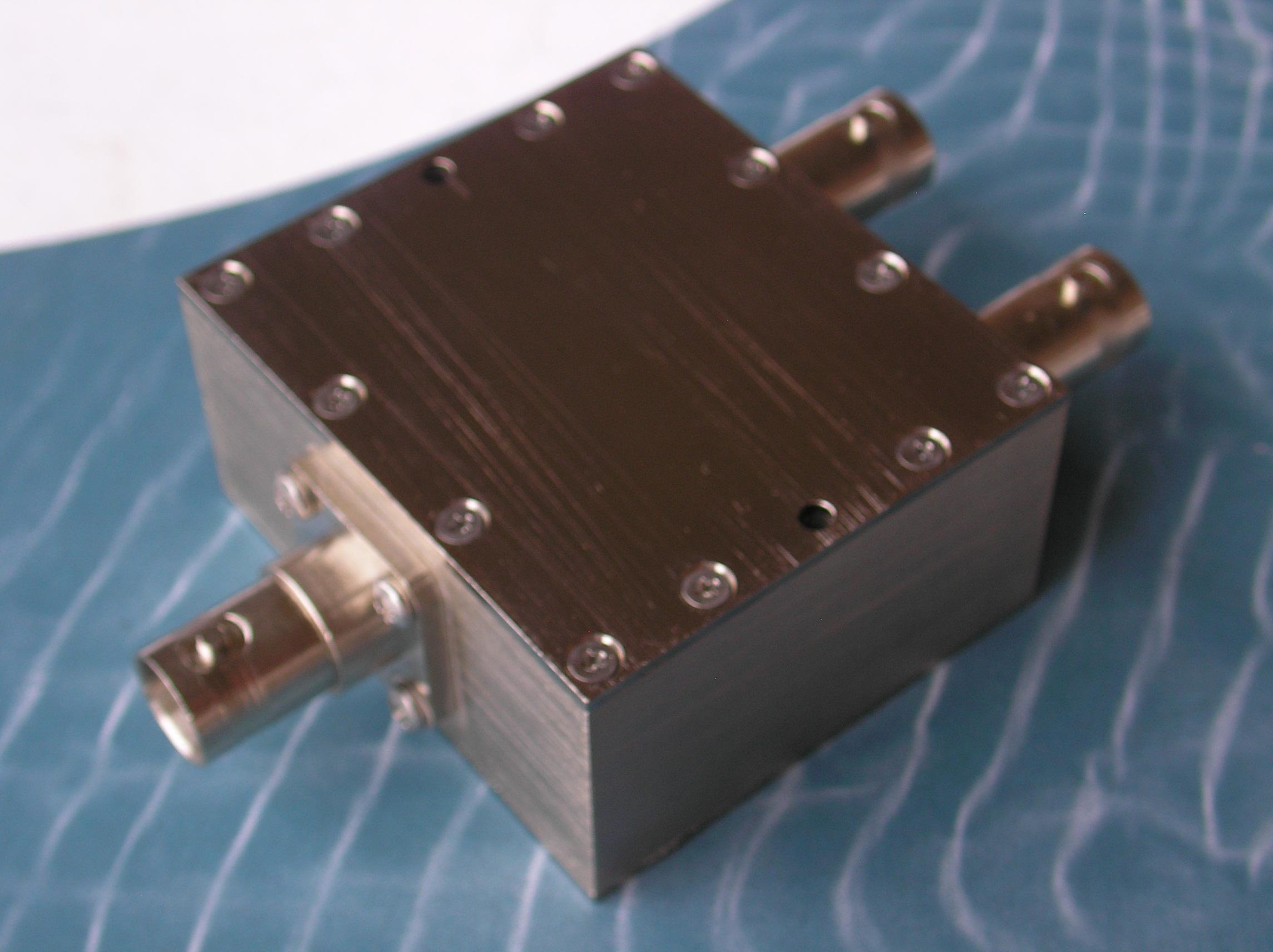 Power Divider, 2 Way, 50 Ohm, DC-2 GHz, 1 Watt, BNC female
